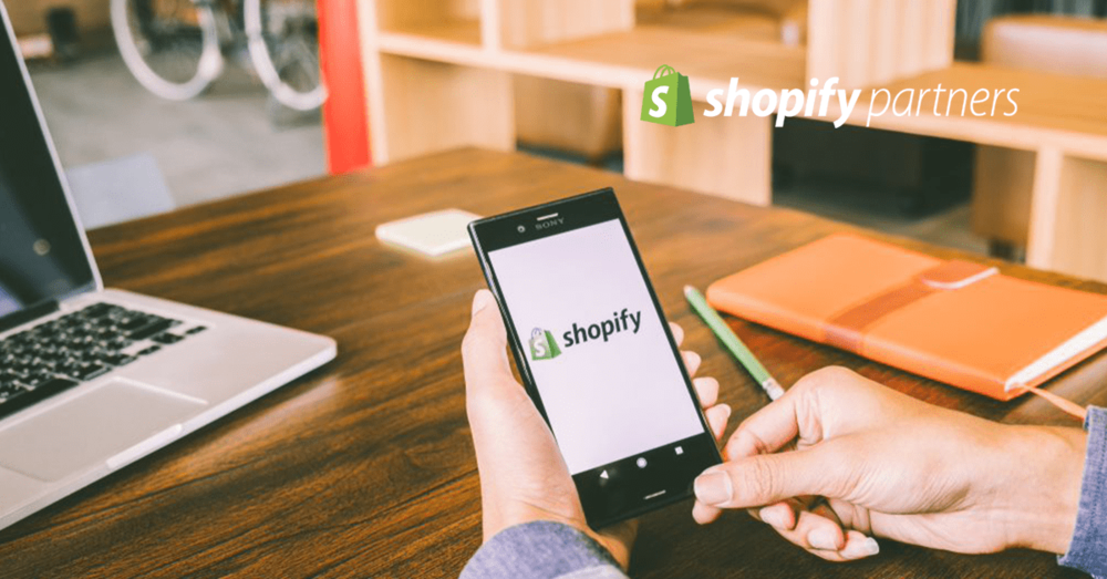 Here we delve deep into the best Shopify themes that are on offer this year.