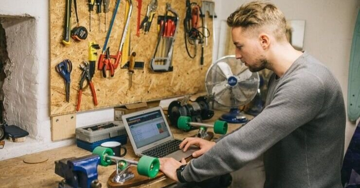 Order management solutions are easy to find in the marketplace. However, it's difficult to find one that's been built in mind for manufacturers.